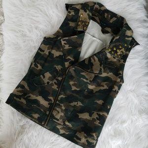 Jackets & Blazers - Camo Army Print Vest